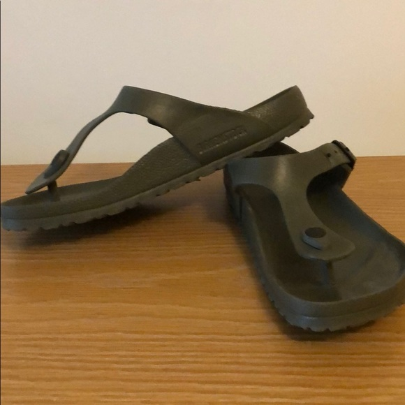 2d72d8ee486e Birkenstock Shoes - Birkenstock Gizeh green rubber sandals